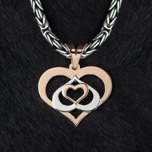 Подвеска-берегиня Любящие сердца из золота и серебра