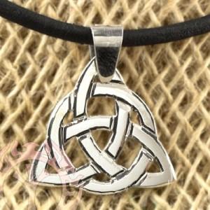Символ Трикветр